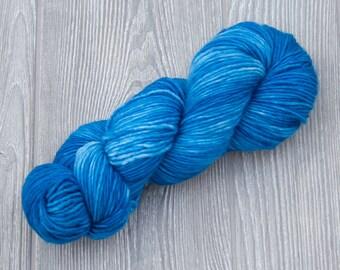 FROM SPACE -Tippy DK- Superwash handdyed tonal 100% merino wool 100g/240yard skein yarn