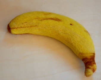 Needle Felted Banana, Felt Banana, Needle felted woolen fruit,Felted banana, Play food, Felt Banana, Needle felted fruit, Needle felt fruit