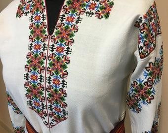 Ukrainian embroidered dress(or blouse) ,M, Ukraine