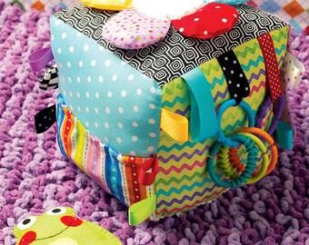 Patron de couture KWIK SEW 0137 jouet bébé