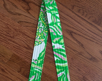 CAMERA STRAP in Lilly Pulitzer Seeking Pink Elephants