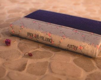 Pride and Prejudice by Jane Austen: Hand-covered Hardback