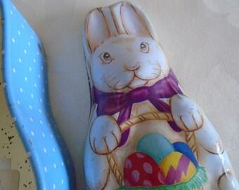 Easter bunny tin  ' Betty's bakery Harrogate 1992