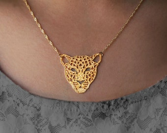 Gold Tiger Necklace, 14k Gold Filled Chain, Gold Pendant Necklace, Gold Animal Necklace, Tiger Pendant, Animal Jewelry