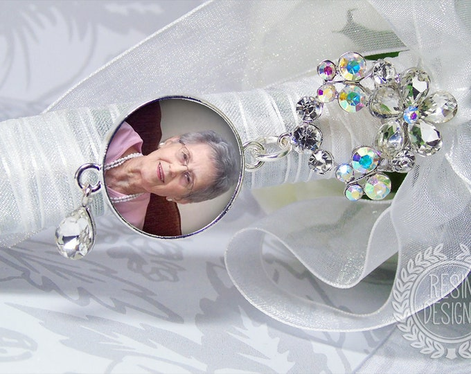 Wedding Bouquet Charm, Custom Photo Memory Charm, Personalized Memorial Bouquet Bridal Charm,  Wedding Brooch, Bridal Bouquet Pin