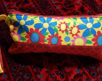 Zipper pouch, patchwork pouch, clutch purse, makeup bag, toiletry storage, cosmetic case, wrislet pouch, lined zip pouch,  patchwork bag