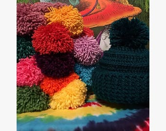Handmade crochet hat w/ oversized pompom and rollable band