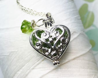 Worry Locket - peridot heart locket / heart locket / silver locket / peridot locket / peridot necklace / floating locket / living locket