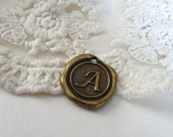 1- Bronze Letter A Charm Initial Wax Seal Stamped Monogram Brass Wax Alphabet Charms Letter Disc Pendant Diy Jewelry Supplies Inv0313