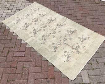 """Distressed rug, Oushak Rug, 79'' x 47"""" , Muted color rug, floral design rug, distressed area rug, plain rug,turkish, distressed rug, rug"""