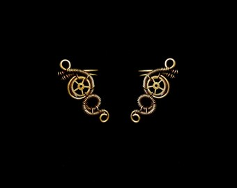 Small Steampunk Earcuff - Fake Cartilage Earring - Bronze Ear Cuff - Steampunk Gear - Unique Jewelry - Steampunk Collection