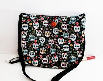 Skull crossbody bag/sugar skull handbags/sugar skull purses/Dia de Muertos/skull shoulder bags/sugar skull bags/Day of the Dead/skull bags