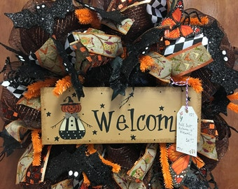 "12"" Welcome Wreath, Monarch butterflies, wood welcome sign"