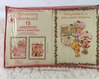 Vintage Strawberry Shortcake Christmas Card Set of 15 Assorted Cards & Envelopes in Original Packaging / holiday cards / vintage Christmas