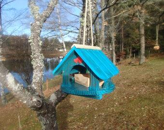 bird feeder house, bird house, to hang, blue personalisable