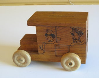 Vintage Toystalgia wooden car bank from 1977