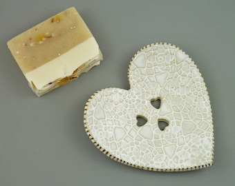 soap dish ceramic heart white  and gold, draining soap dish, soap holder, soap dish drain, ceramic heart