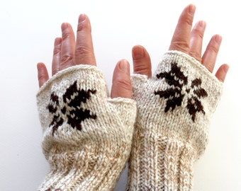Arm Mittens, Stitch Star, Winter Gloves, Women Accessories, Arm warmers, Unisex Fingerless Gloves Gift, Hand Warmers, Knitted Boho Gloves