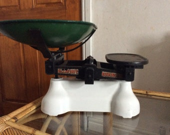 Enamel based cast iron weighing scales