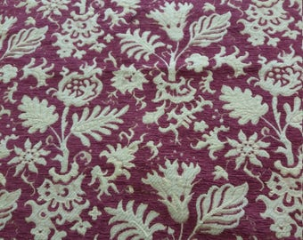 Furniture fabric that catches the eye-red-violet with flowers 1.10 m x 1.30 m