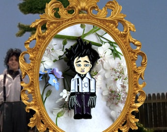Edward Scissorhands Enamel pin