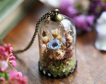 Real flower terrarium necklace, gifts for her , dried flower locket , bell jar pendant, Irish jewellery, real floral pendant, moss terrarium