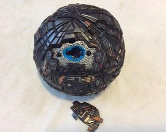 Vintage 1996 Star Trek Borg Sphere