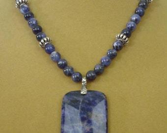 "AMAZING 18"" Denim Blue Sodalite Pendant Necklace - N528"