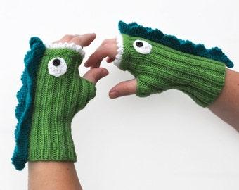 Knit Dragon Mitt Pattern PDF