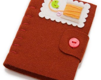 Felt Needle Case, Sewing Needlebook, Felt Needle Minder, Sewing Pin Storage, Needle Keeper, Sewers Gifts, Quilters Gift, Handmade Felt Book
