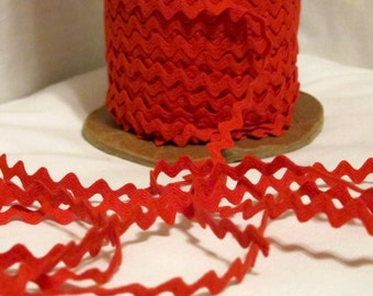 Vintage Cotton Ric Rac - Tomato Red - 3/8 Inch - 5 Yards - 6.00 Dollars