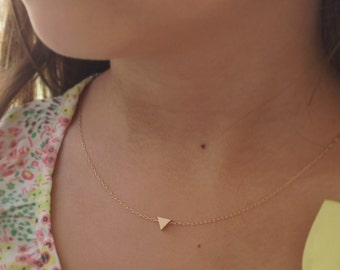 gold necklace, triangle necklace, tiny gold triangle necklace, triangle, geometric jewelry,dainty necklace,gift for her, D22