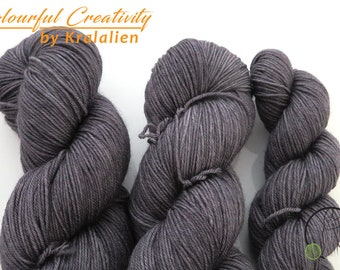 Pre-order: Stealing Thunder - Colourful Smooth Sock