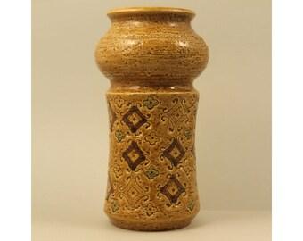 Aldo Londi, Bitossi Italy. SPAGNOLO Yellow Vase. Mid Century