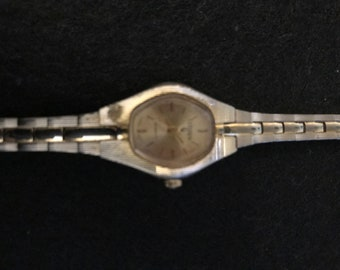 Vintage wmns Citizen quartz watch