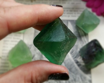 LARGE Fluorite Octahedron, Fluorite Octahedron, Green Fluorite, All Chakras, Metaphysical Crystal, Healing Crystal, Altar, Crystal Grid