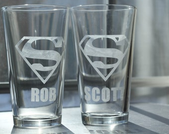 Superman Etched Pint Glass with Personalized Name (Set of 2)