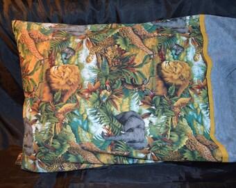 Jungle Standard/Queen Pillow Case Featuring Lions, Giraffes, Zebras & Tigers