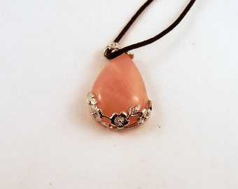Rose Quartz Rose tear drop Necklace: Natural Crystal Pendant, Stone Jewelry