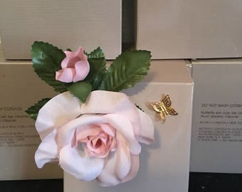 Vintage Avon spring duet Corsage and butterfly pin. Pink or white flower choice