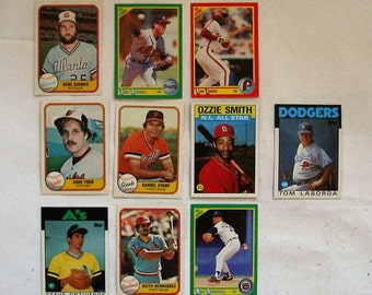 These 10 different (ex or  better cond) Misc.  MAJOR LEAGUE Baseball cards. Cards in various years,  see description