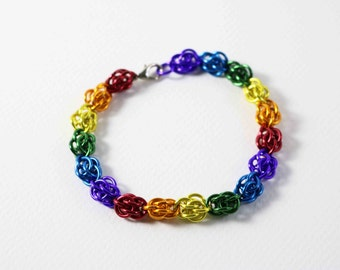 8 inch Rainbow Sweet Pea Chainmaille Bracelet