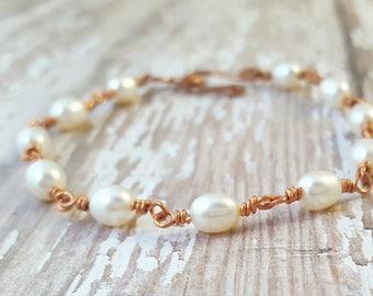 White Freshwater Pearl Bracelet - Copper Wire Wrapped Bracelet - Dainty Bracelet - Stackable Bracelet - Simple Bracelet - Single Strand