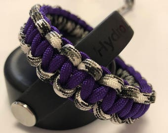 Hydroflask Handle made out of Paracord - Basic Cobra Knot in Purple, Black & White