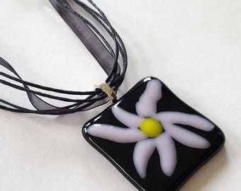 Flower Pendant Necklace,  Pink and Black, Fused Glass Jewelry, Pink Flower Necklace, Floral Jewelry, Daisy, One of a Kind, Made in USA