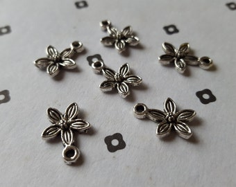 Antiqued Silver Flowers Charms