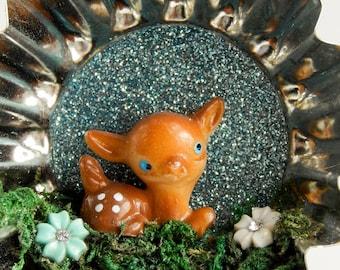Little deer tart tin ornament / tin art / vintage tin / home decor / recycled tin / vintage ornament / christmas ornament / assemblage art
