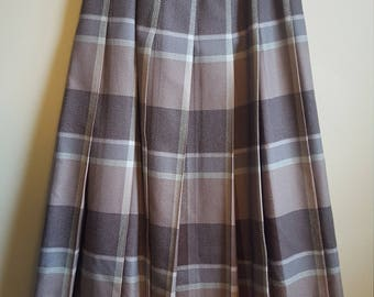 Vintage 1960's Harry Rosen 100% Virgin Wool Plaid Pinup Skirt Fully Lined Size US 8-10