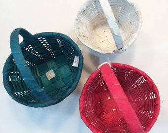 Set of 3 Small Straw Baskets