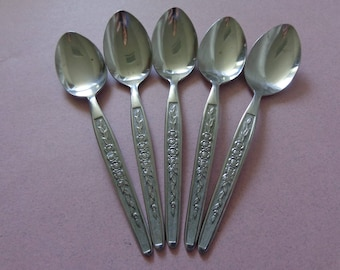 Lifetime Cutlery Stainless Flatware 5 Teaspoons Spoons Flowers and vine pattern unknown